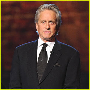 Michael Douglas to Undergo Treatment for Throat Tumor