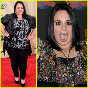 Nikki Blonsky: Funny Faces at Planet Hollywood