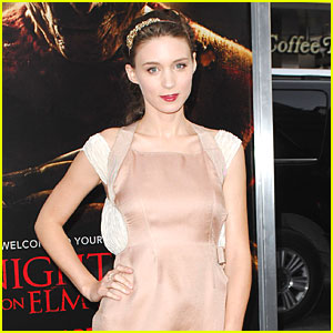 Rooney Mara: The Girl with the Dragon Tattoo!