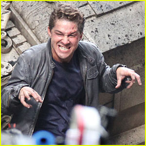 Shia LaBeouf: Funny Faces for 'Transformers' Scenes!