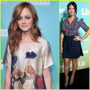 Alexis Bledel & Olivia Munn: Most Stylish New Yorkers!