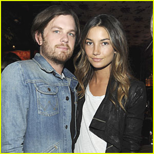 Lily Aldridge: Engaged to Caleb Followill