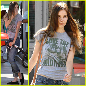 Isabel Lucas: Save The Wild Things!