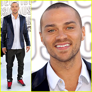Jesse Williams - MTV VMAs 2010 Red Carpet