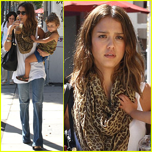 Jessica Alba & Honor Warren Carry Baby Dolls