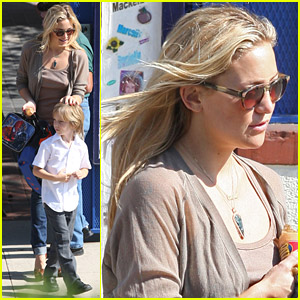 Kate Hudson Is A Maternal Mom