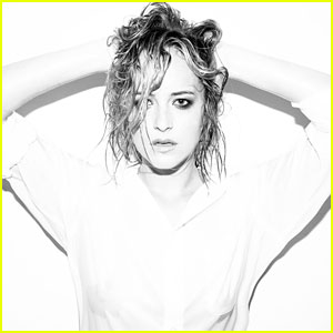 Dakota Johnson: 'The Social Network' In Theaters Now!