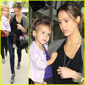 Jessica Alba & Honor Warren Fly Away
