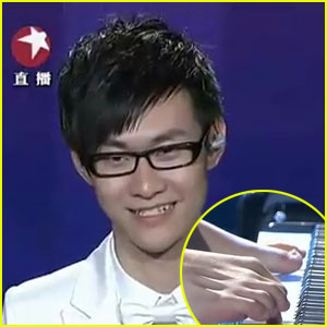 Armless Pianist Wins 'China's Got Talent'