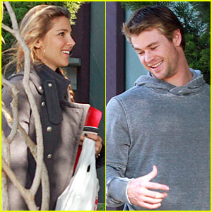 Chris Hemsworth &#038; Elsa Pataky: All Smiles!