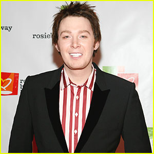 Clay Aiken Backs Anti-Bullying Legislation