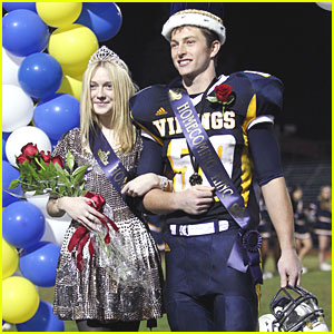 Dakota Fanning: High School Homecoming Queen!
