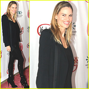 Hilary Swank: Breast Cancer Awareness Benefit!