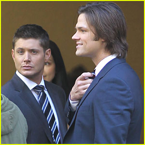 Jensen Ackles &#038; Jared Padalecki Suit Up for 'Supernatural'
