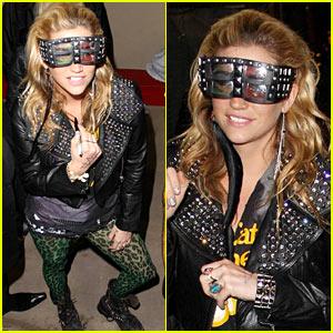 Ke$ha: 3D Studded Glasses after Kimmel!