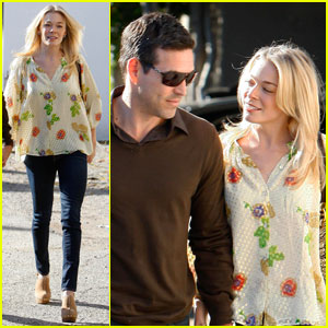 LeAnn Rimes Rocks Out to Rihanna at Dance Class