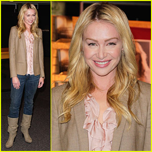 Portia de Rossi: 'Unbearable Lightness' Signing