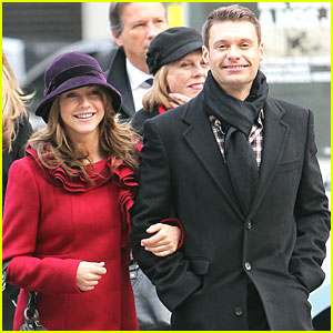 Ryan Seacrest & Julianne Hough: Bonjour, Paris!