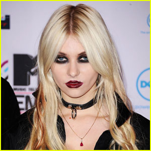 taylor momsen hiatus Twisted Angels Blog Preview