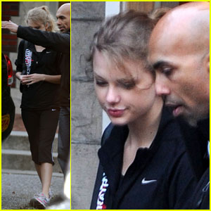 Taylor Swift Heads Home -- Sans Jake Gyllenhaal