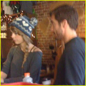 Taylor Swift & Jake Gyllenhaal Hit Nashville Coffee Shop