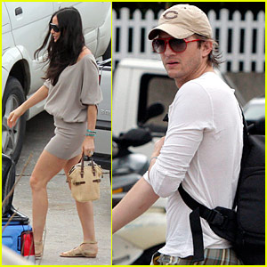 Demi Moore: St. Bart's Vacation with Ashton Kutcher!