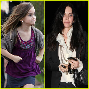 Courteney Cox: Christmas with Coco & Jennifer Aniston!
