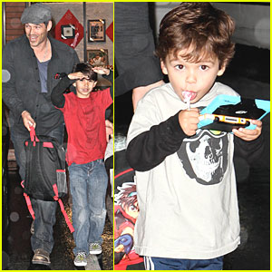 Eddie Cibrian: Haircuts for Mason & Jake!