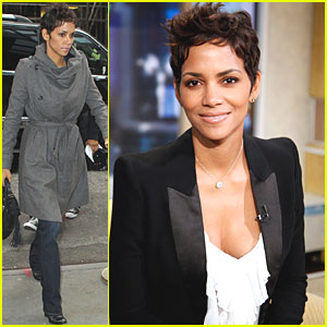 Halle Berry arrives at the Good Morning America studios early on Monday ...