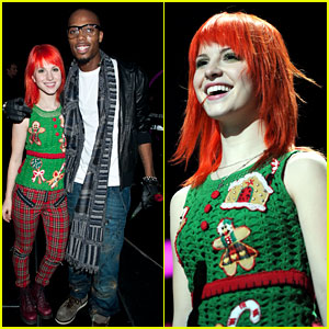 Hayley Williams: Z100 Jingle Ball 2010 with B.o.B!