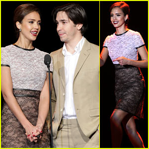 Jessica Alba: Trevor Live Presenter with Justin Long!