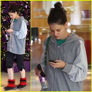 Katie Holmes Revs Up With Another Spin Class