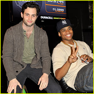 Penn Badgley: Duracell Power Lab Visit!