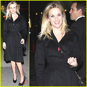Reese Witherspoon Drops By 'Letterman'
