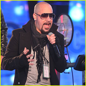 A.J. McLean Enters Rehab