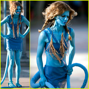 AnnaLynne McCord is an Avatar -- First Look!