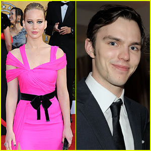 Jennifer Lawrence & Nicholas Hoult: Dating!