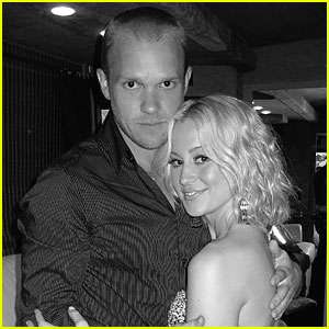 Kellie Pickler & Kyle Jacobs Tie The Knot