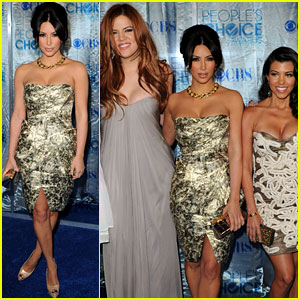 Kim Kardashian: People's Choice Awards with Sisters!