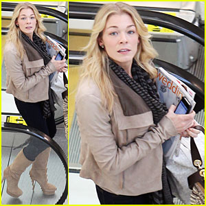 LeAnn Rimes Finds Wedding Inspiration