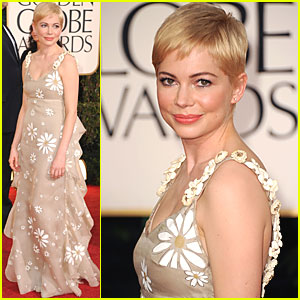 Michelle Williams - Golden Globes 2011 Red Carpet
