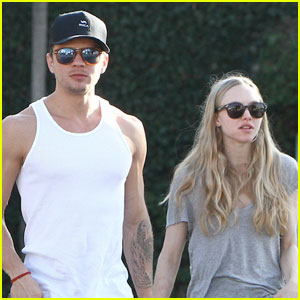 Ryan Phillippe & Amanda Seyfried: Fred Segal Shoppers