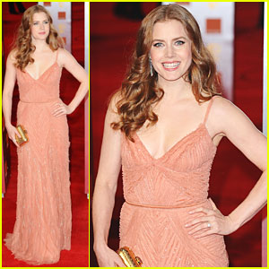 Amy Adams: BAFTAs 2011 Red Carpet