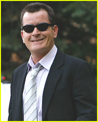 Charlie Sheen Passes Drug Tests
