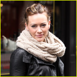 Hilary Duff: Jetlagged in Paris
