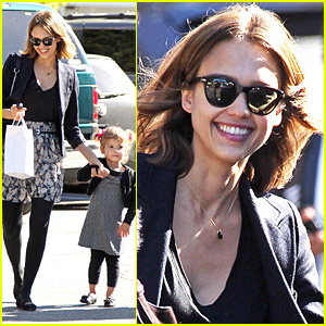 Jessica Alba Loves Lunch Dates