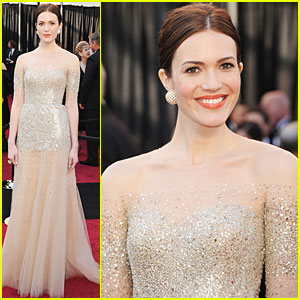 Mandy Moore - Oscars 2011 Red Carpet