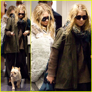 Mary-Kate & Ashley Olsen: Rainy LAX Arrival