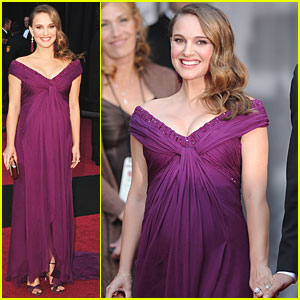 Natalie Portman - Oscars 2011 Red Carpet