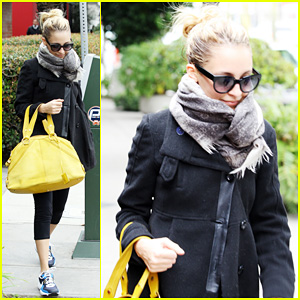 Nicole Richie: Happy Workout Woman!
